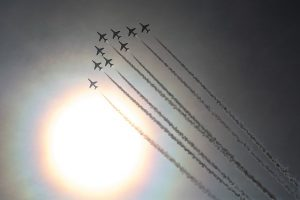 red-arrows-1203590_640